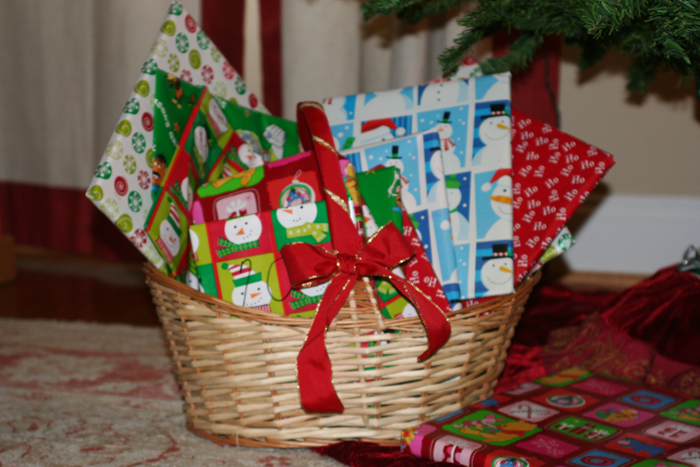 Christmas-traditions-book-basket