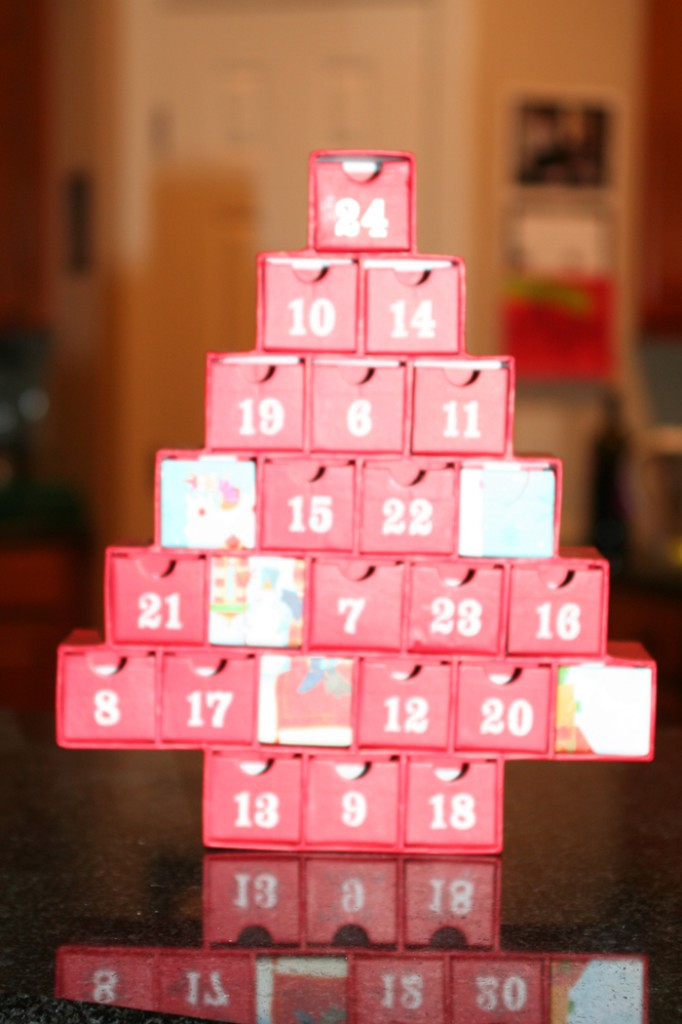 Christmas-Traditions-Advent-Calendar