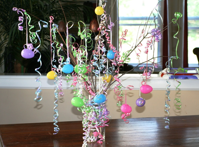 12 easter egg trees to make with your family - How to make easter decorations ...