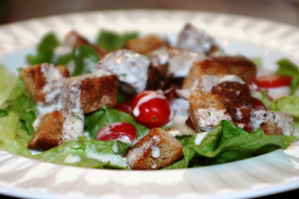 BLT Salad with Homemade Buttermilk Dressing - Faithful Provisions