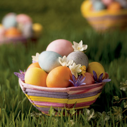 How to Make All Natural Egg Dyes