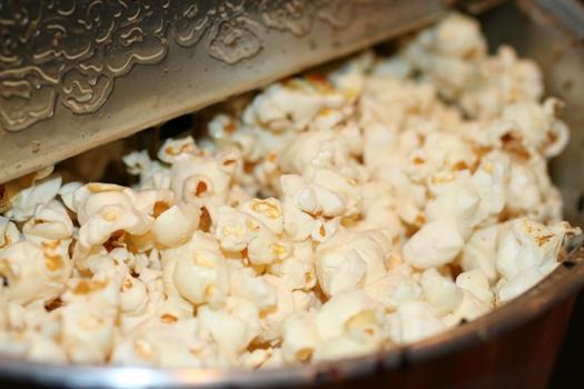 Homemade Popcorn - popcorn popper
