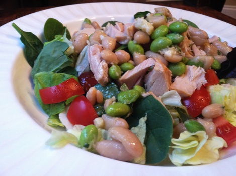 Tuna-Bean-Garden Salad