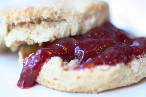 Whole-Wheat-Biscuit-Recipe-jam