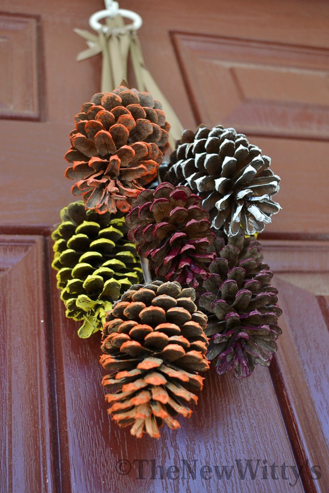 DSC_2260-Painted-Pinecones-The-New-Wittys