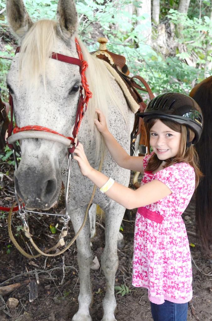 DeerRun_Horseback_Camper
