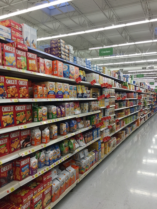 Horizon Cracker Aisle